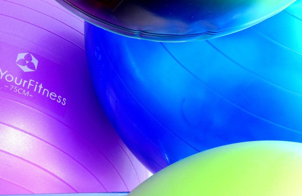 barevné míče