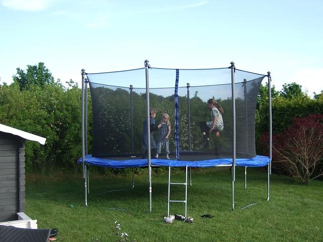 skákání na trampolíně.jpg