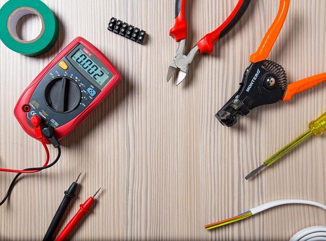 nástroje elektrikáře