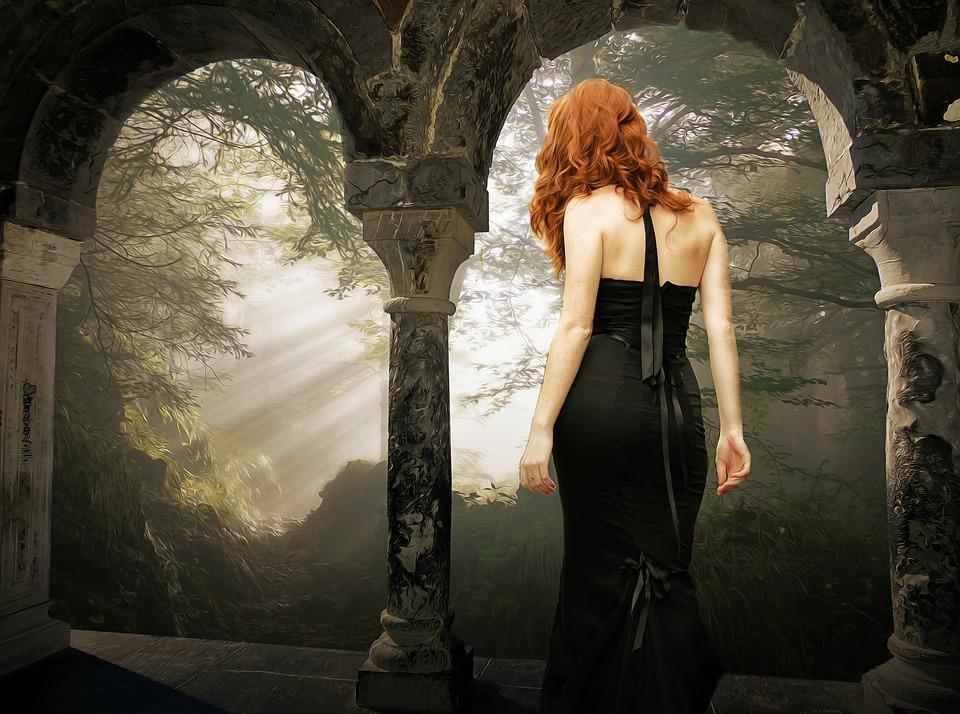 tmavé šaty